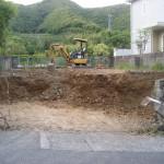 重機が入り、掘削が始まりました。
