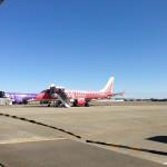 名古屋小牧空港にて。フジドリームエアラインさん、安くて助かります。