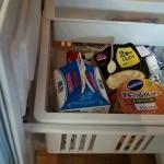 毎晩、冷蔵庫には プリンほかでいっぱいに 朝には空です(^_^;)