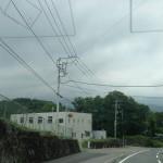 見えそうで見えない富士山。本当はこの方向に見えるらしいのだが・・・