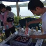 Fさんご主人も張り切ってお肉を焼いてくれています。