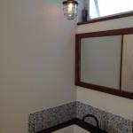 広々洗面台!かっこいいマリンランプも雰囲気にぴったりです!(^^)!