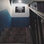 映画の中に入り込んだかのような階段