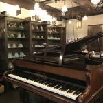 160年前のピアノ♪
