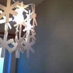 アクセントのグレーの壁紙に合わせて照明を選びました^^
