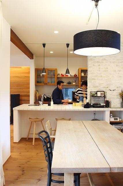 高知で自然素材とオーダーメイドの木造住宅を建てるタイセイホーム。高級な家具といっしょにコーディネートしたUさま邸をご紹介します。