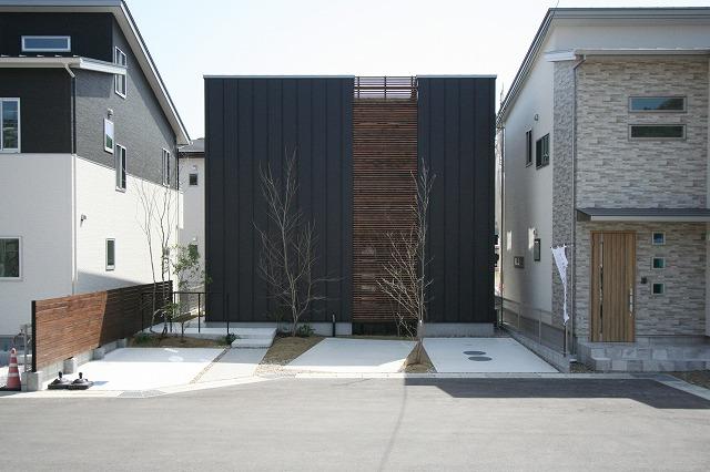 高知市朝倉に完成したデザイン×高性能×自然素材がそろった1000万円台のジグソー規格住宅。